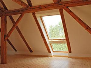 Installateur et remplacement de fenetre de toit Aleu