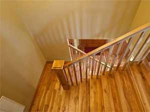 devis escalier bois obtenez jusqu 39 5 devis escalier bois gratuits. Black Bedroom Furniture Sets. Home Design Ideas