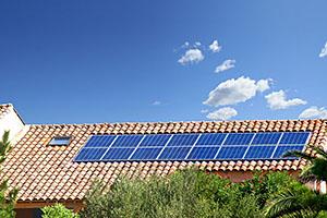 Installateur et remplacement de panneaux solaires photovoltaiques Culoz