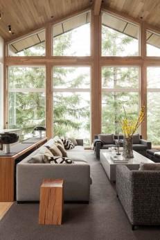 Grandes fenêtres salon bois