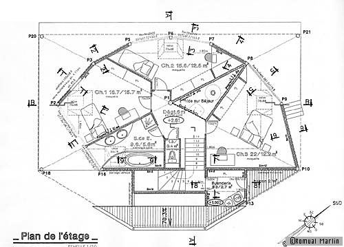 plan de maison une maison en bois avec une vue