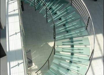 Escalier en métal : légèreté et gain d'espace