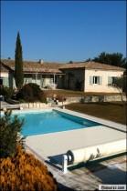 Couverture de piscine : habillez votre piscine pour l'hiver (et l'été)