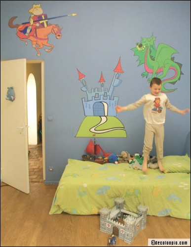 chambre d 39 enfant pr venir des dangers et les expliquer. Black Bedroom Furniture Sets. Home Design Ideas