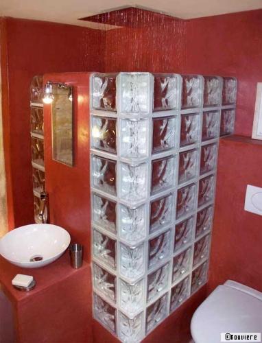 rouvi re des briques de verres pour des murs de lumi re exceptionnels. Black Bedroom Furniture Sets. Home Design Ideas