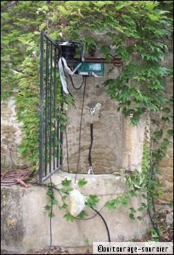 l'eau puits pompe brancher
