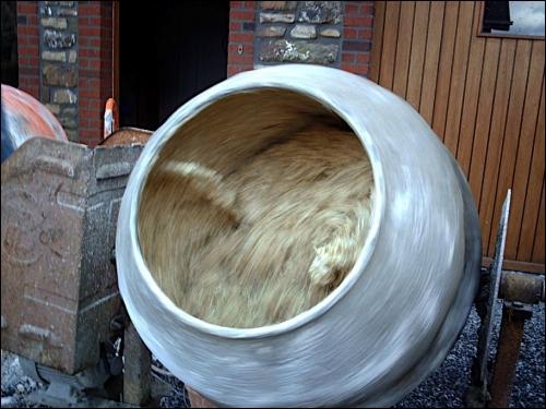 La région Midi-Pyrénées se lance dans la production de béton de chanvre  - Travaux.com