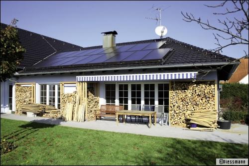 L'installation de panneaux photovoltaïques rendue obligatoire - Travaux.com