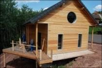 Une maison individuelle façon chalet en bois en Alsace Bossue