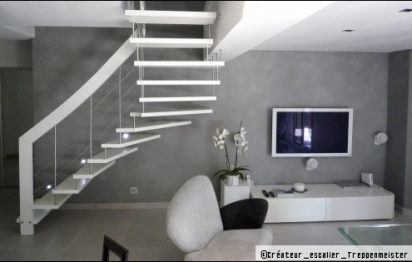 Des escaliers suspendus design