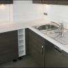 Plan de travail en Corian rénové et réinstallé dans une nouvelle cuisine équipée