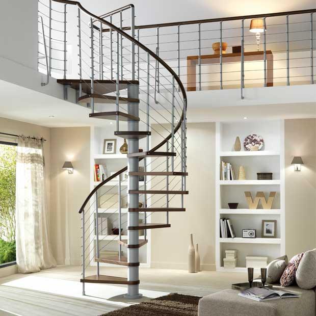 Dans quel cas installer un escalier ? | Travaux.com