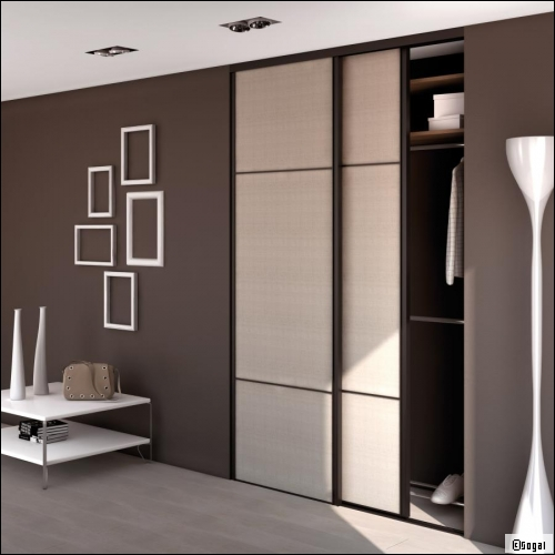 am nager un placard une solution pratique. Black Bedroom Furniture Sets. Home Design Ideas
