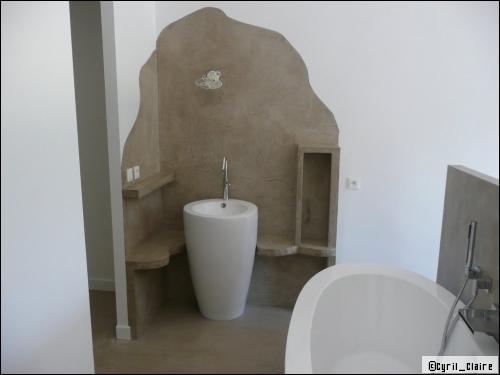 Une Salle De Bains En Beton Cire Est Ce Vraiment Pratique