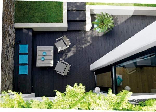 Terrasse en bois composite ©Panofrance