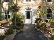 3 idées pour aménager son allée de jardin | Travaux.com