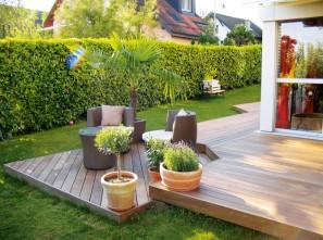 Terrasse en bois composite ©Maison&Deco