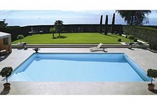 Abords de piscine en pierre naturelle Carré bleu