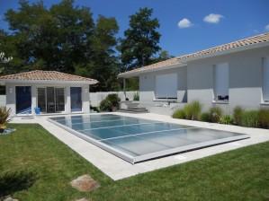 Abri de piscine amovible plat ©Poolabri