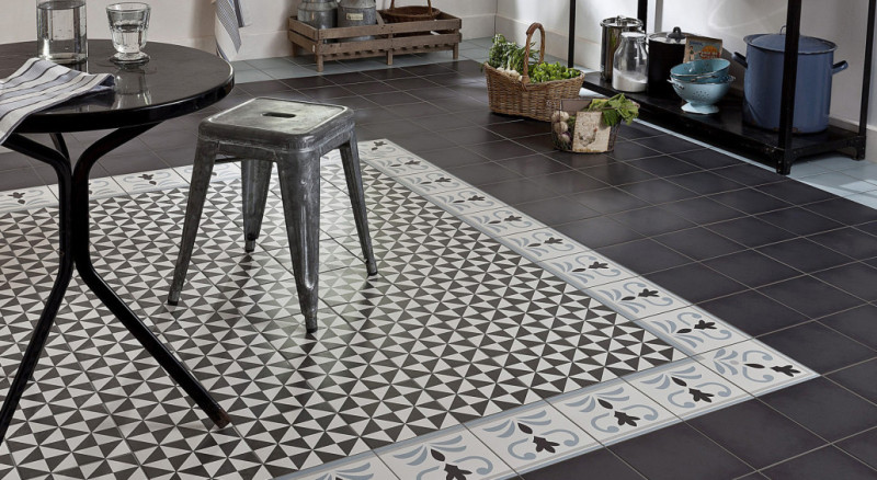 "Carrelage style ""carreaux de ciment"" © Saint-Maclou"