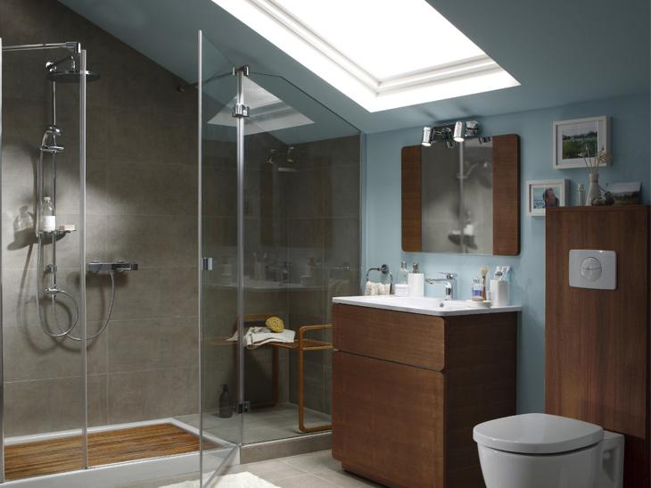Salle de bains sous les toits © Leroy Merlin