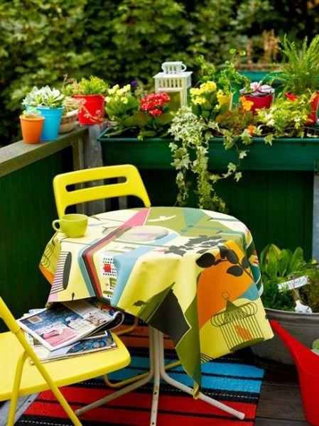 am nager une terrasse design sans perdre de place. Black Bedroom Furniture Sets. Home Design Ideas