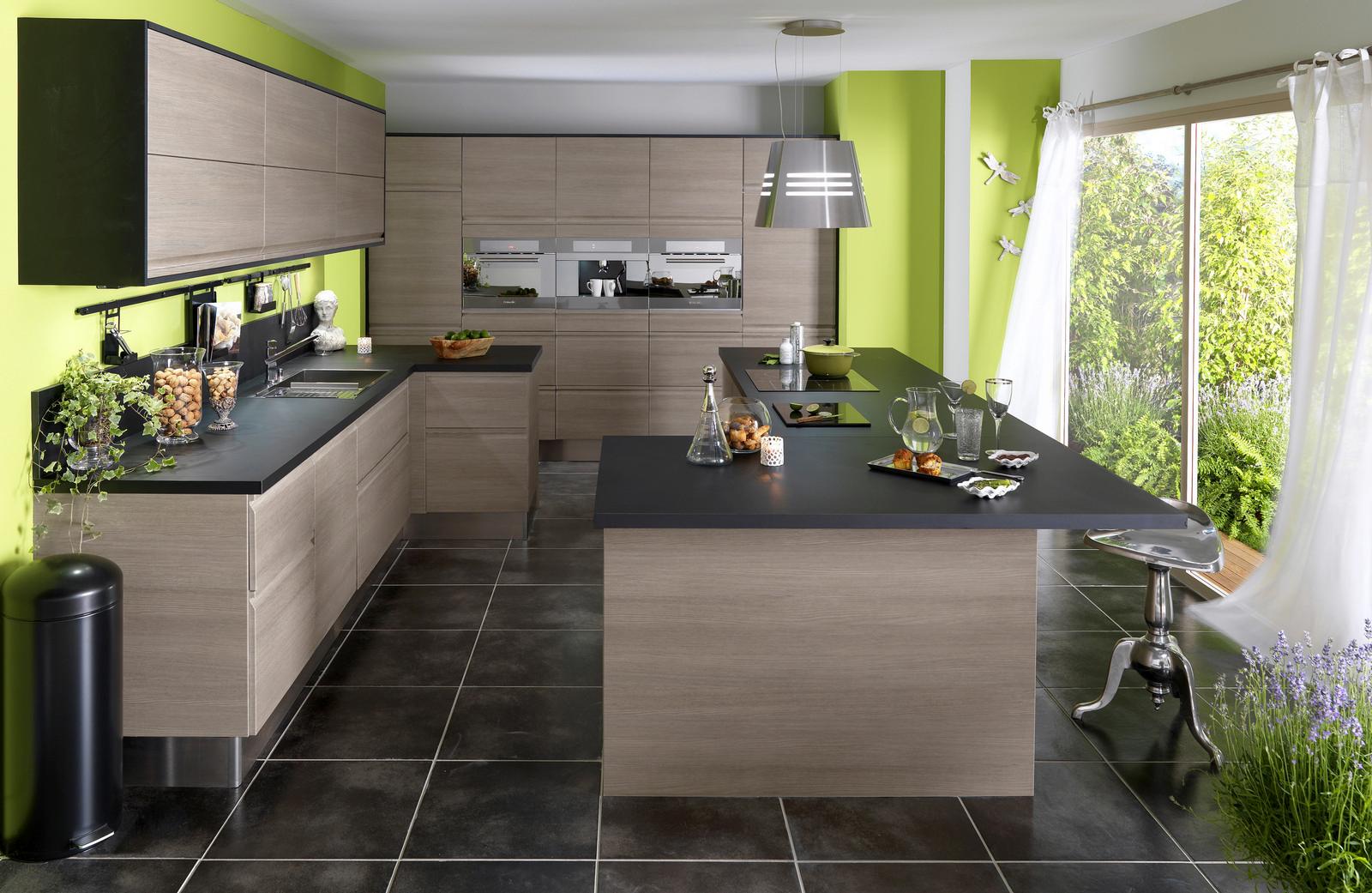 cuisine en bois un mat riau plusieurs styles. Black Bedroom Furniture Sets. Home Design Ideas
