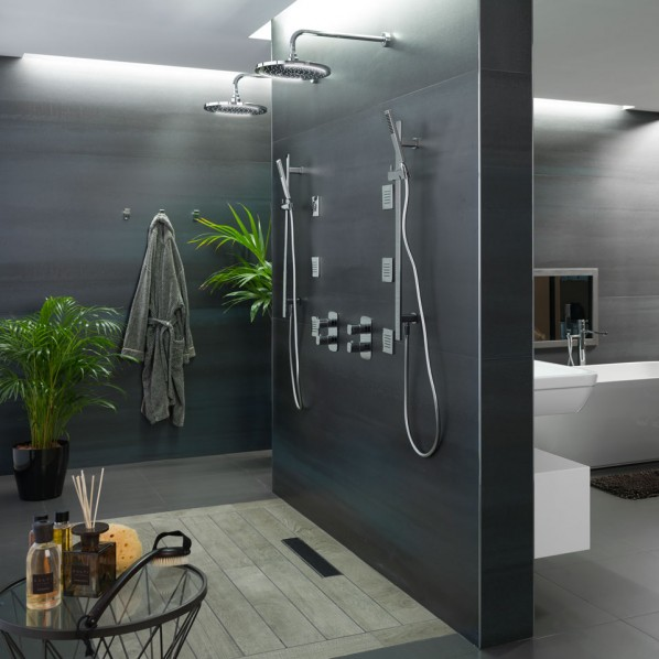 installer une douche l 39 italienne 8 id es pour s. Black Bedroom Furniture Sets. Home Design Ideas