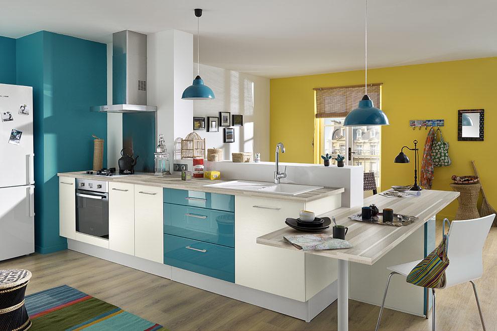 Peinture quelle couleur dans la cuisine - Peinturer armoire de cuisine en bois ...