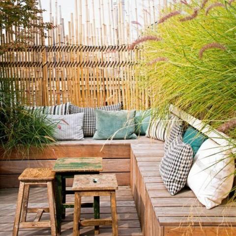 Terrasse avec pare-vue en Bambou ©Pinterest