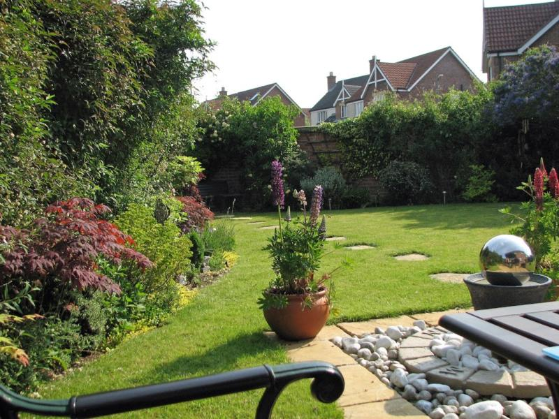 travaux de jardinage comment profiter d 39 une r duction d. Black Bedroom Furniture Sets. Home Design Ideas