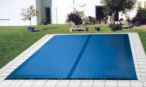 Couverture d'hivernage annonay Piscines Hydrosud