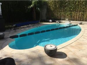 Préparer sa piscine pour l'hiver : Flotteurs d'hivernage DR