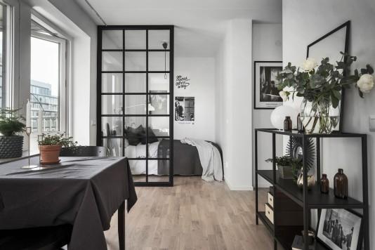 Verriere dans un studio suédois planete-deco.fr